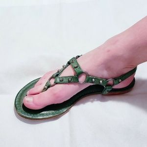 Frye Carson Ring Thong Sandals Antique Leather